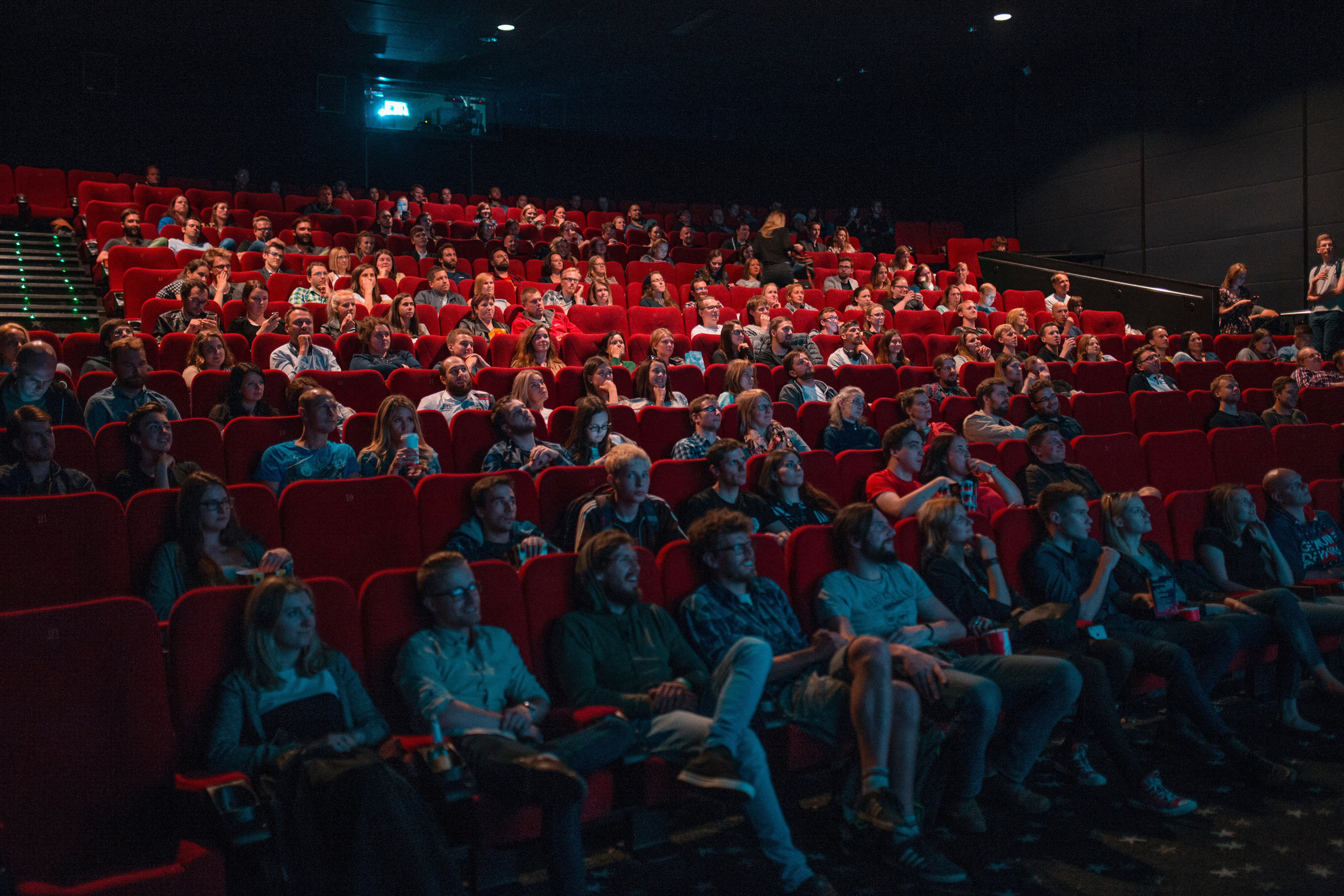 Screenly is a powerful platform to communicate your message to your visitors in your cinema.
